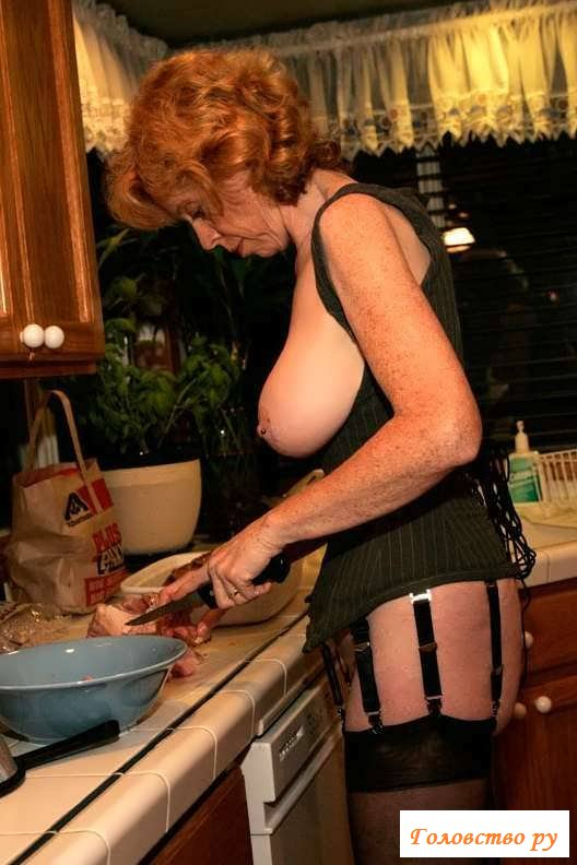 Висячие сиськи обнаженных старух (27 фото эротики)