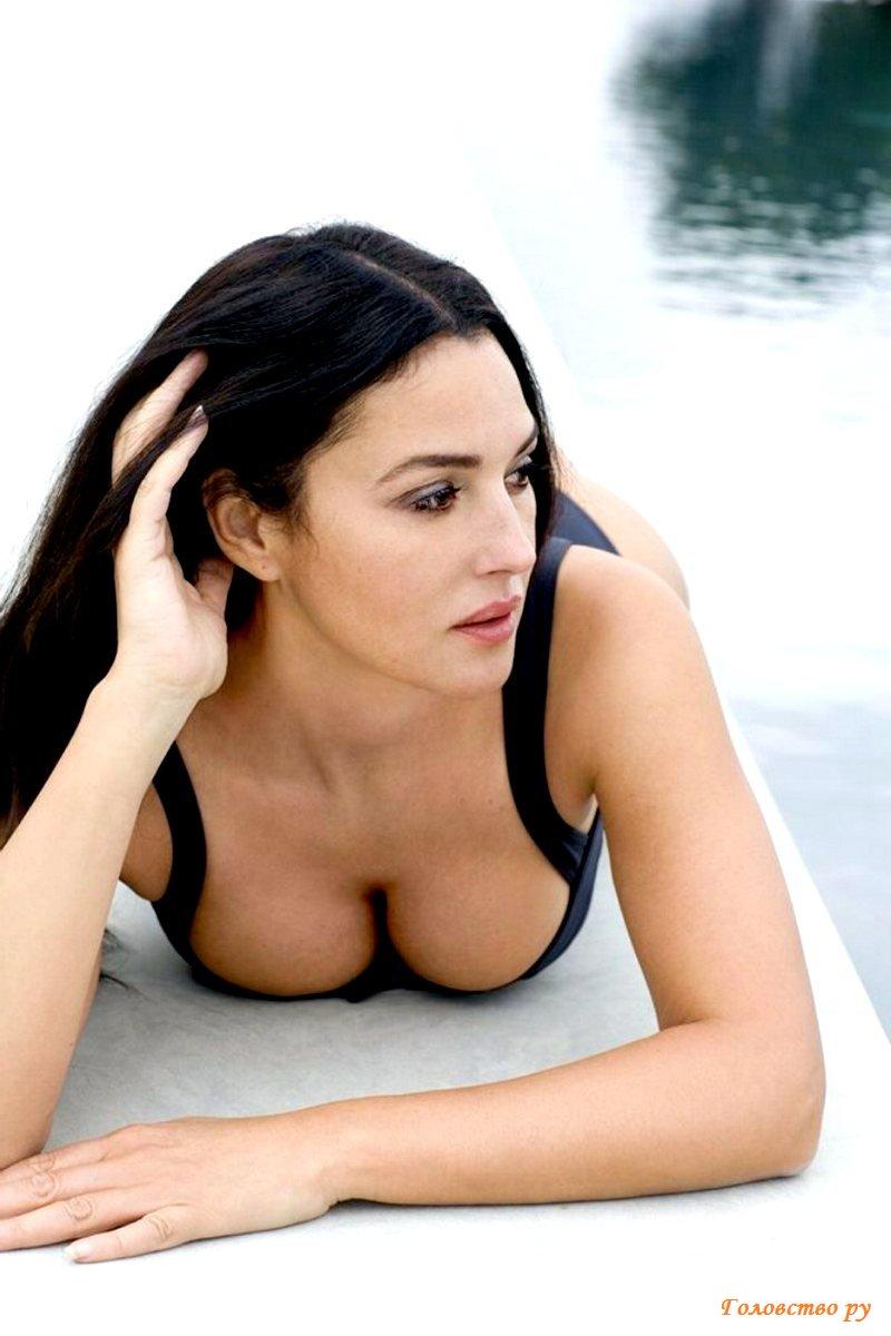 Обнаженная актриса Моника Белуччи