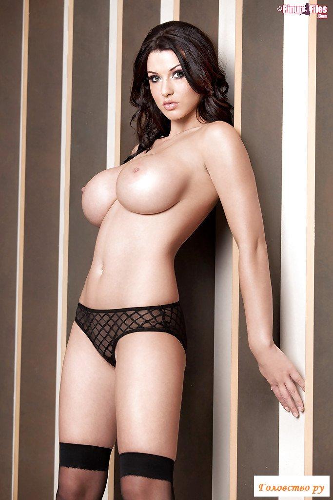 Эротика топ-модели с наливными грудями