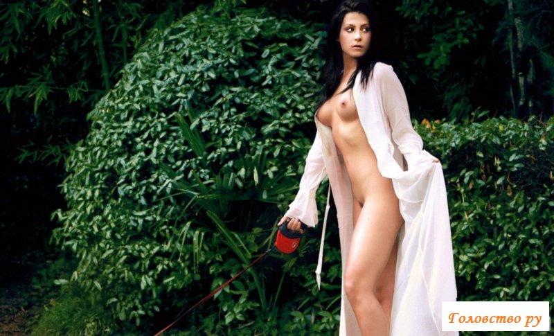 Снимки обнаженной красотки для журнала Playboy