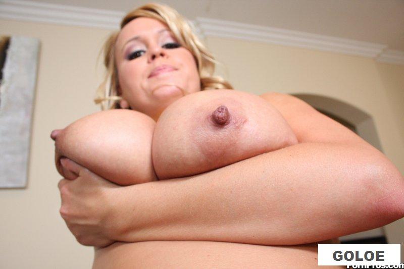 Порно пышечки с большими сиськами (26 фото)