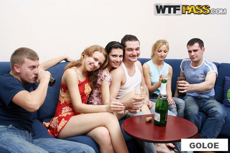 Групповое пьяное порно