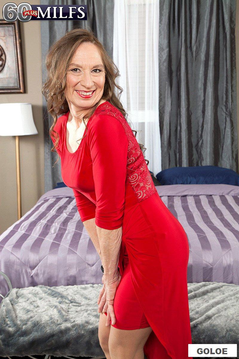 Трах с бабой в красном платье