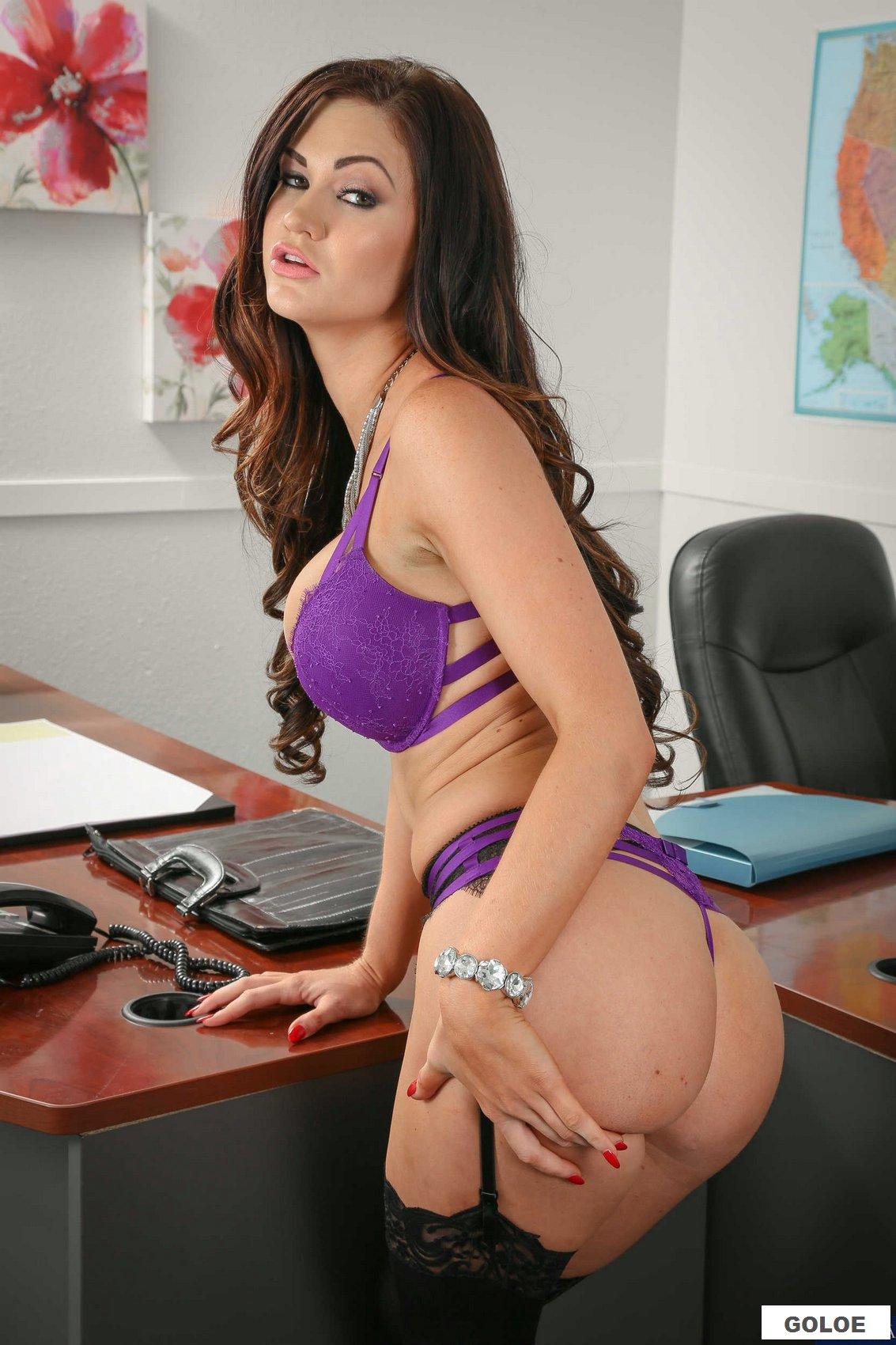 Голая девушка учительница на фото